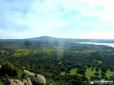 Gran Cañada-Cerro de la Camorza; excursiones sierra de gredos alto de navacerrada grupos de personas